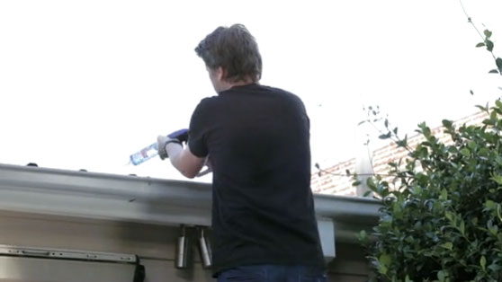 How to seal the inside of guttering selleys australia for Leaking roof gutter