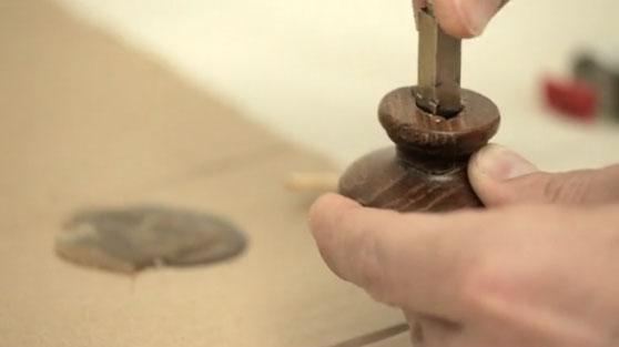 How to fix metal to wood | Selleys Australia